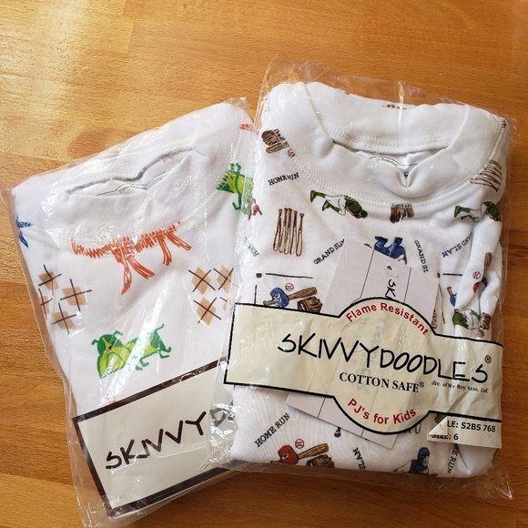 f6b1fc486c62 skivvy doodles Pajamas